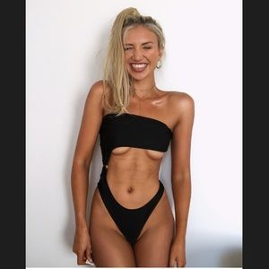 Cut out bikini swimsuit black